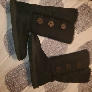 Tall Bailey Button Uggs
